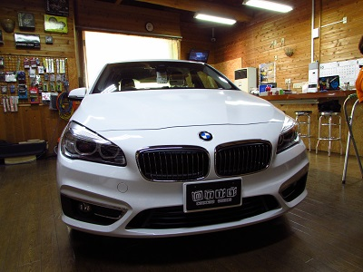 BMWF45 定番の地デジチューナー取付!
