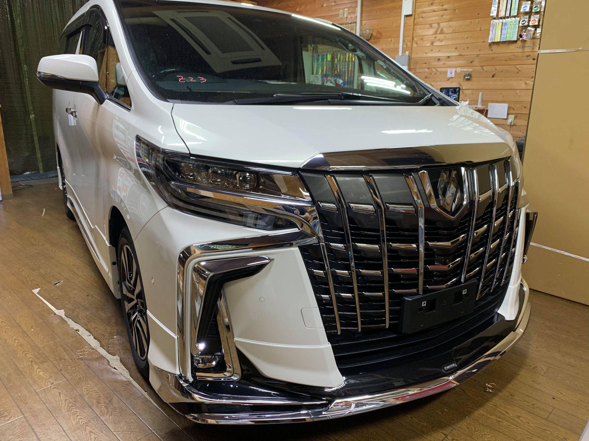 新車からご相談ください。アルファードにセキュリティーパンテーラ+デジタルイモビライザーイグラ+脱JBLオーディオシステム搭載!